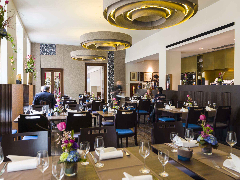 Hof 18 Restaurant In Koln Fruh Am Dom
